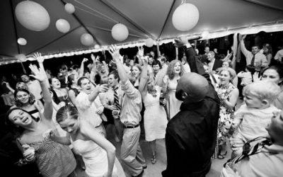 DJ til julefrokost og bryllup