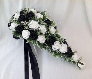 bryllups blomster sort hvid